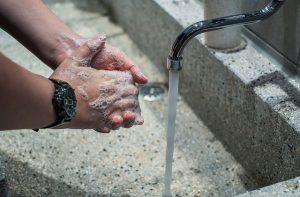 se laver les mains COVID19